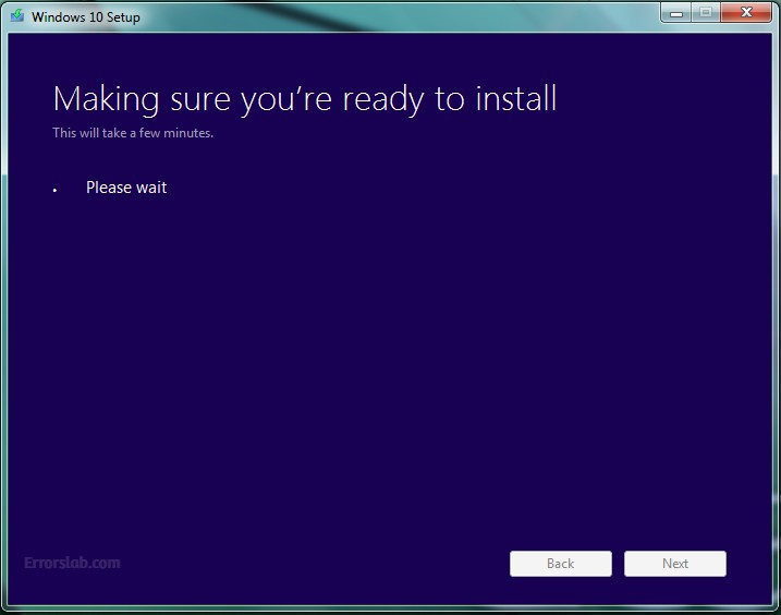 windows 10 stuck on making sure you're ready to install